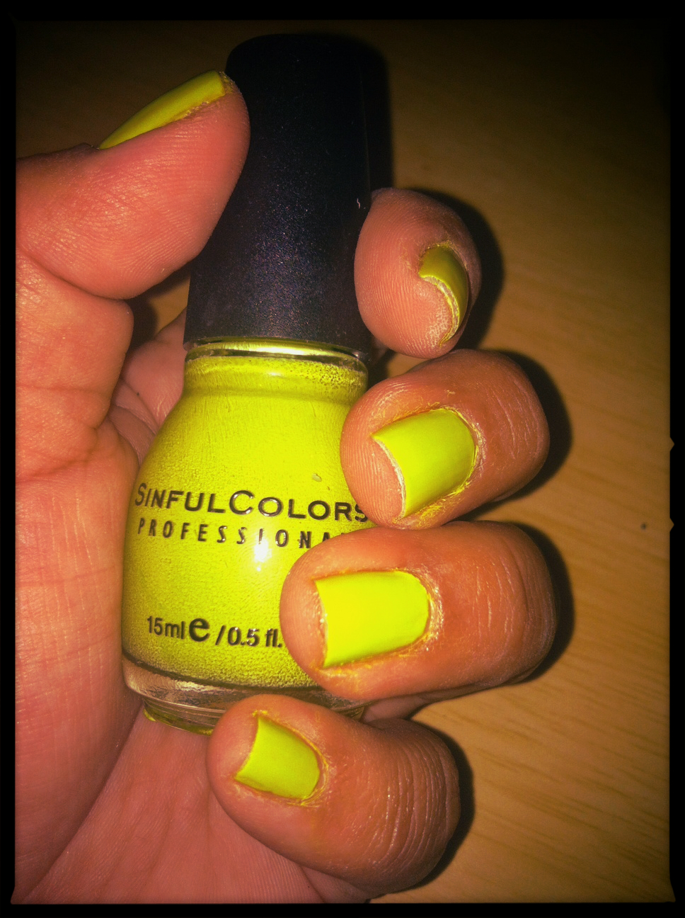 C to C\'s Fave 8 Summer Nail Polish | C to C Friendspirations